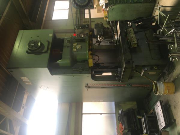 プレス機械 NC1-200 買取