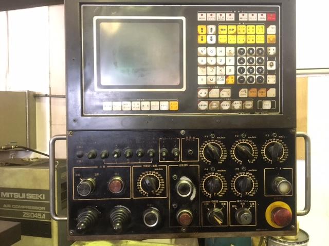フライス盤【2702009】大隈豊和製フライス2V-NC 1985年買取