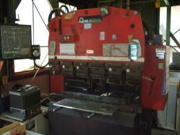 プレスブレーキ【2010007】アマダ製中古プレス機械プレスブレーキRG35S 1990年製買取