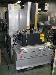放電加工機【2001126】㈱ソディック製中古放電加工機AP1L2005年製買取