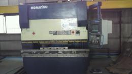 プレス機械【2010016】コマツ製中古鍛圧機械NCプレスブレーキPSH80-200 K-PAPSⅢ