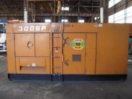 建設機械【2205017】デンヨー製中古建設機械発電機DCA300SPK19